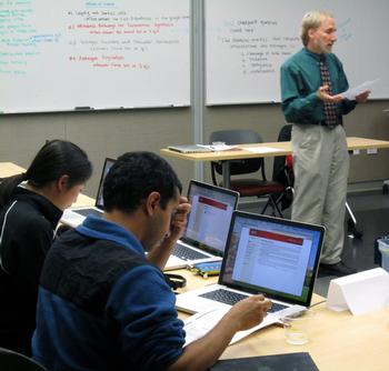 It's True, Internet Surfing During Class Is Not So Good for Grades